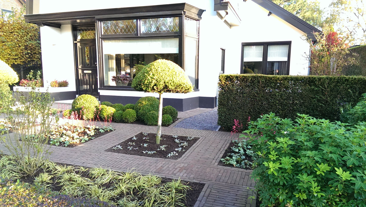 Design tuinen hovenier art green lunteren for Tuin en design