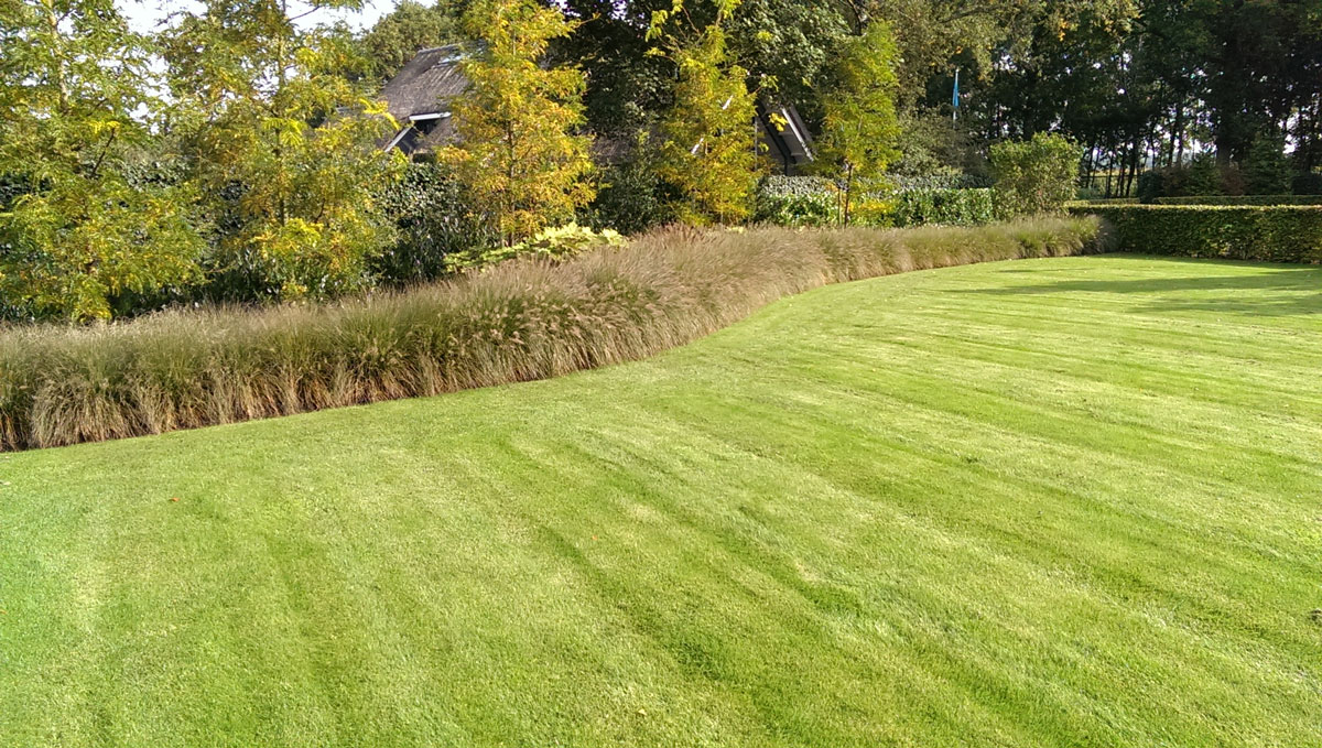 Landelijke tuin hovenier art green lunteren for Landelijke tuin aanleggen