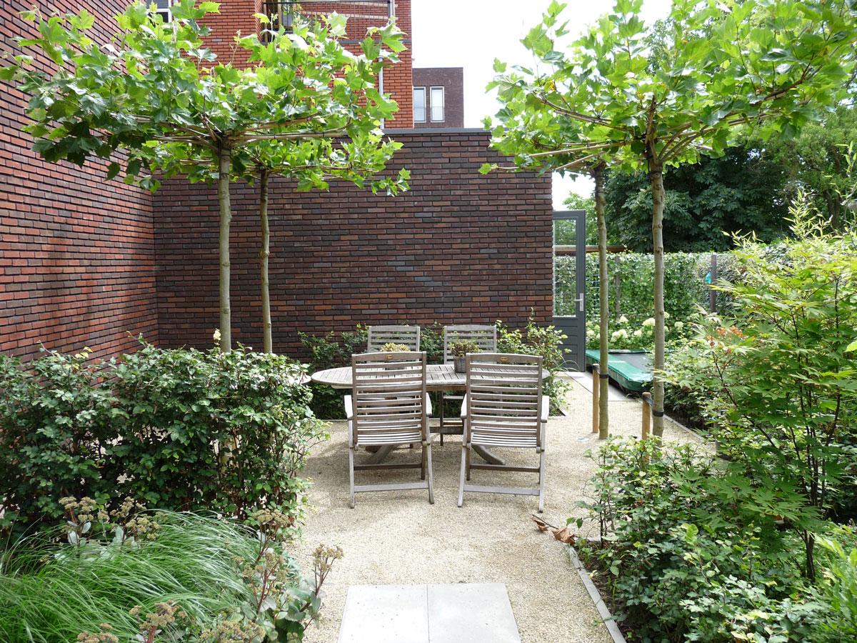 Stadstuinen hovenier art green lunteren for Mooie tuinen kijken